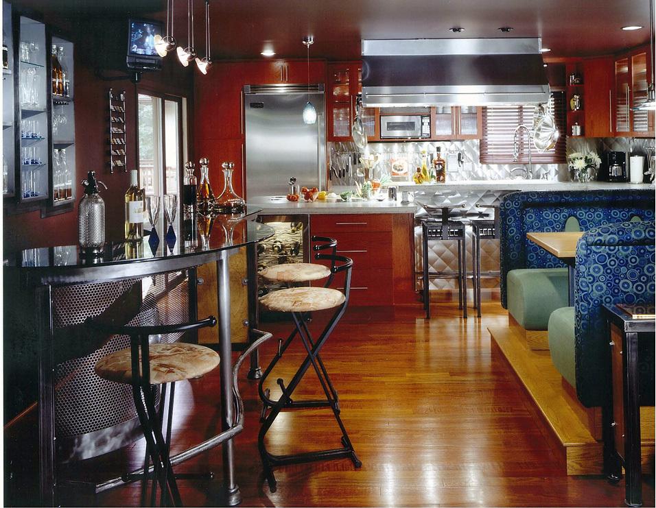 Loren_1_Kitchen_With_Booth.jpg
